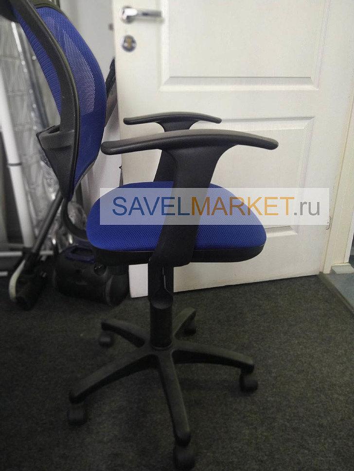 Мастер отремонтировал офисное кресло Бюрократ CH-797, Магазин запчастей Savelmarket рядом с метро Савеловская