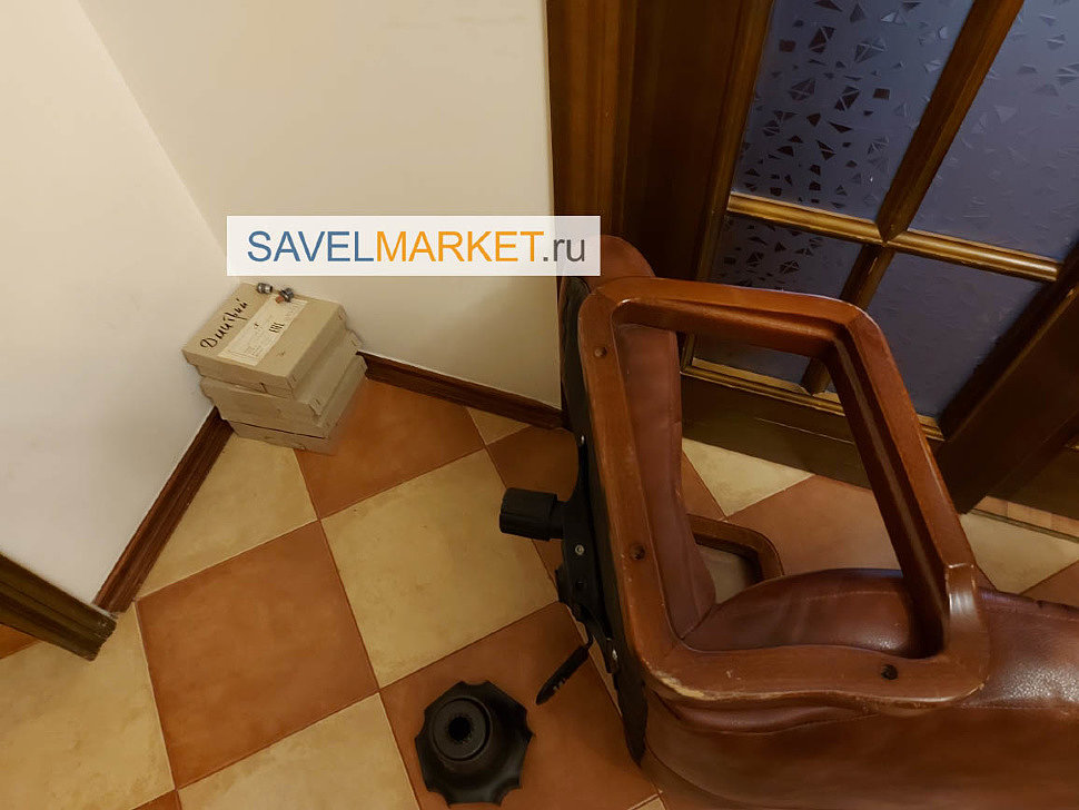 Вызвать мастера для ремонт компьютерного кресла в Москве  - замена механизма качания, магазин запчастей для кресел SavelMarket ru метро Савеловская