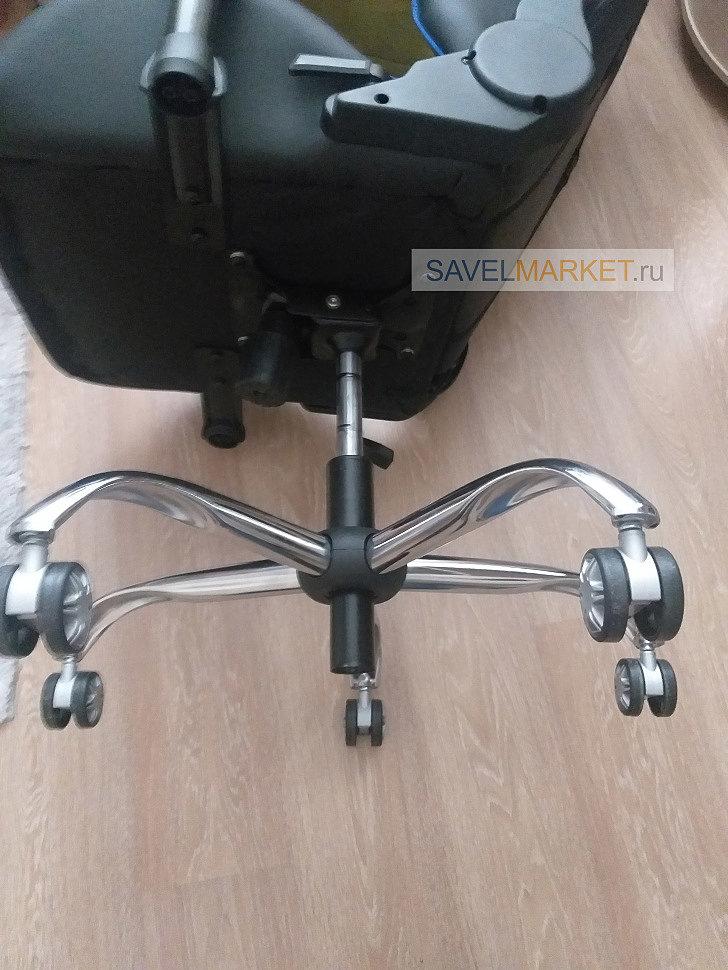 Ремонт кресла г.Пушкино Наши специалисты подобрали на замену стальную хромированную крестовину с широкими полями D70 и повышенной рабочей нагрузкой до 140 кг.