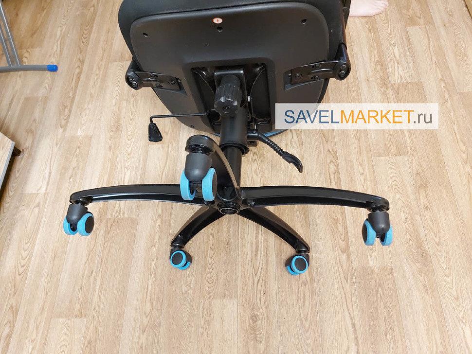 Ремонт игрового кресла, замена пластиковой крестовины на стальную, вызвать мастера SavelMarket.ru