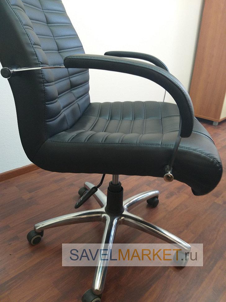 Мастер СавелМаркет отремонтировал компьютерное кресло в офисе